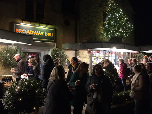 late-night-christmas-shopping-broadway-deli.jpg