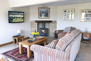 sheepscombe-byre-lounge-self-catering-snowshill-broadway-worcestershire-uk.jpg
