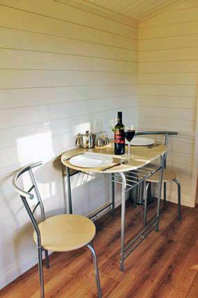 dining-area-shepherds-hut-rookery-farm-broadway-w.jpg