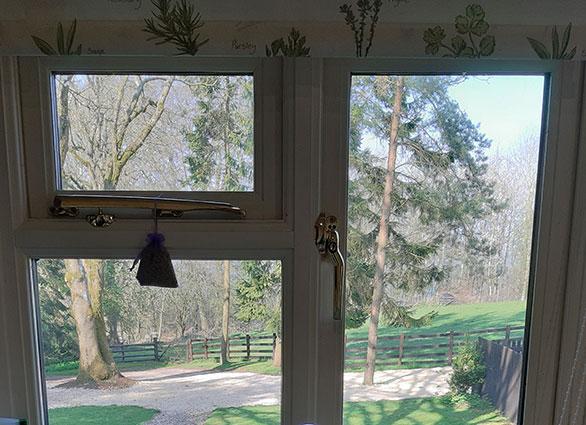 view-from-shepherds-hut-rookery-farm-broadway-w.jpg