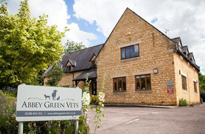 Abbey Green Vets - Tel 01386 852421 Church Close, Broadway, WR12 7AH. A friendly, approachable & professional service. Open 6 days a week with 24 hour emergency cover.