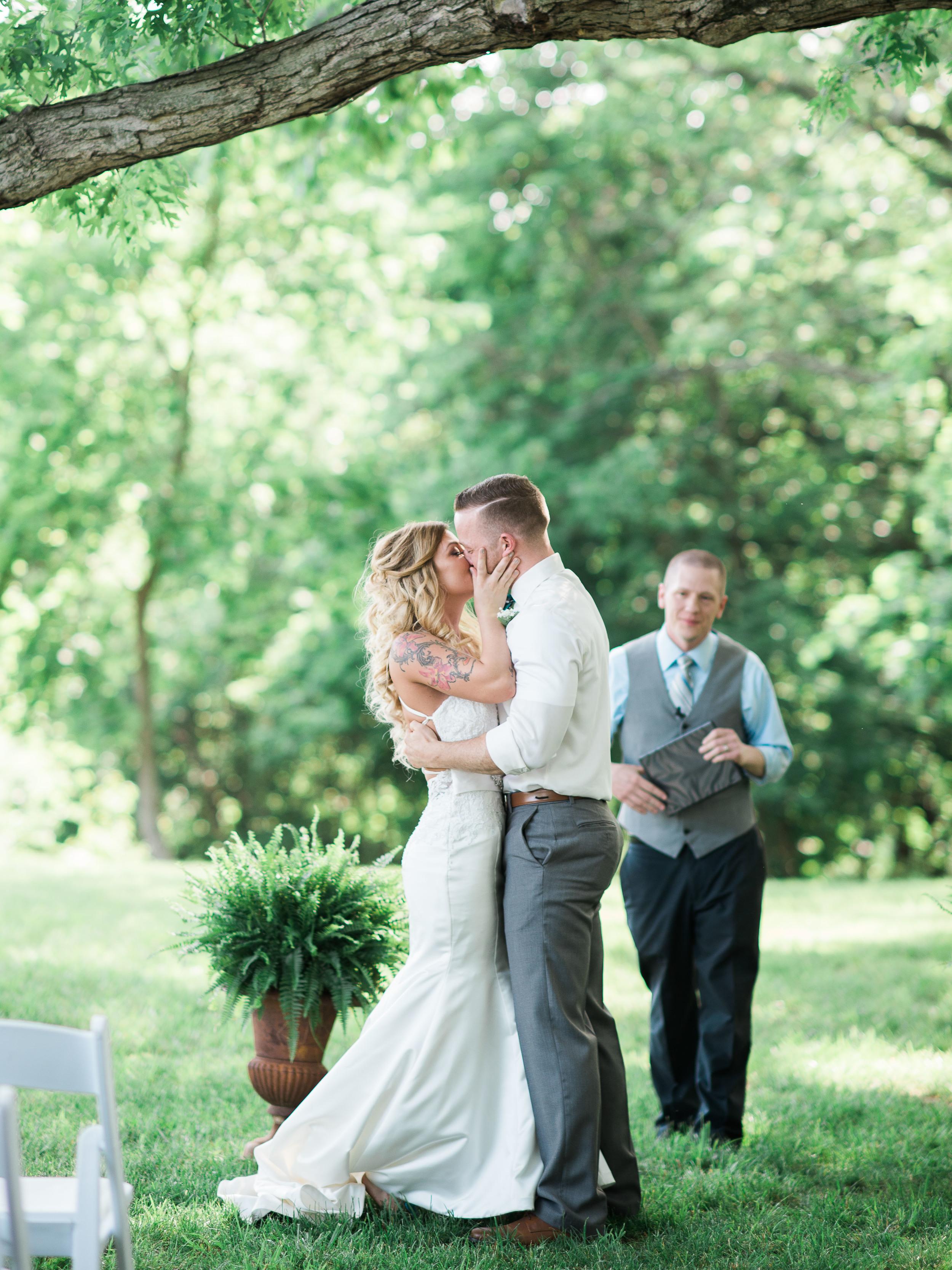 wedding in allentown pa at monterre vineyards