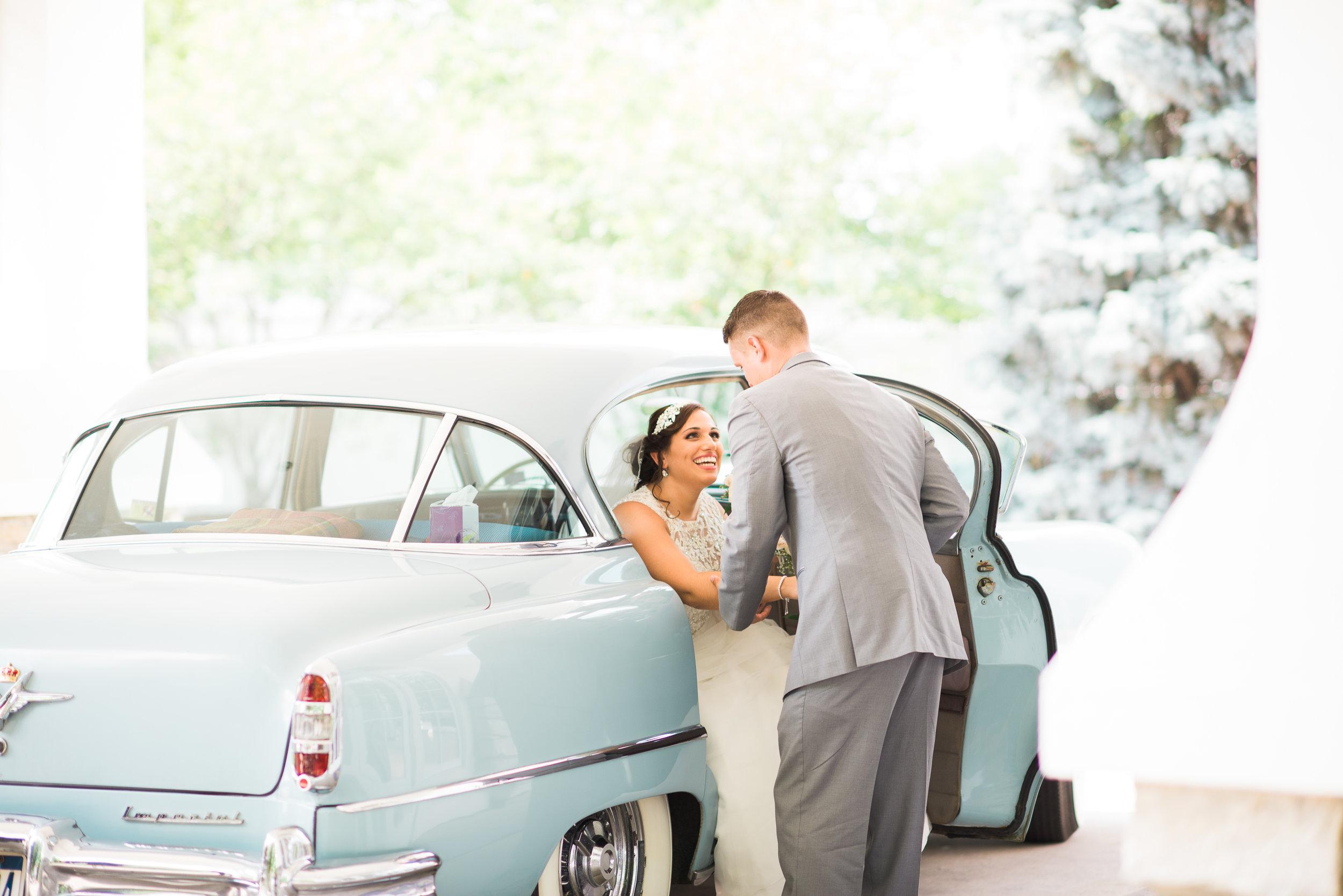 vintage cars at weddings