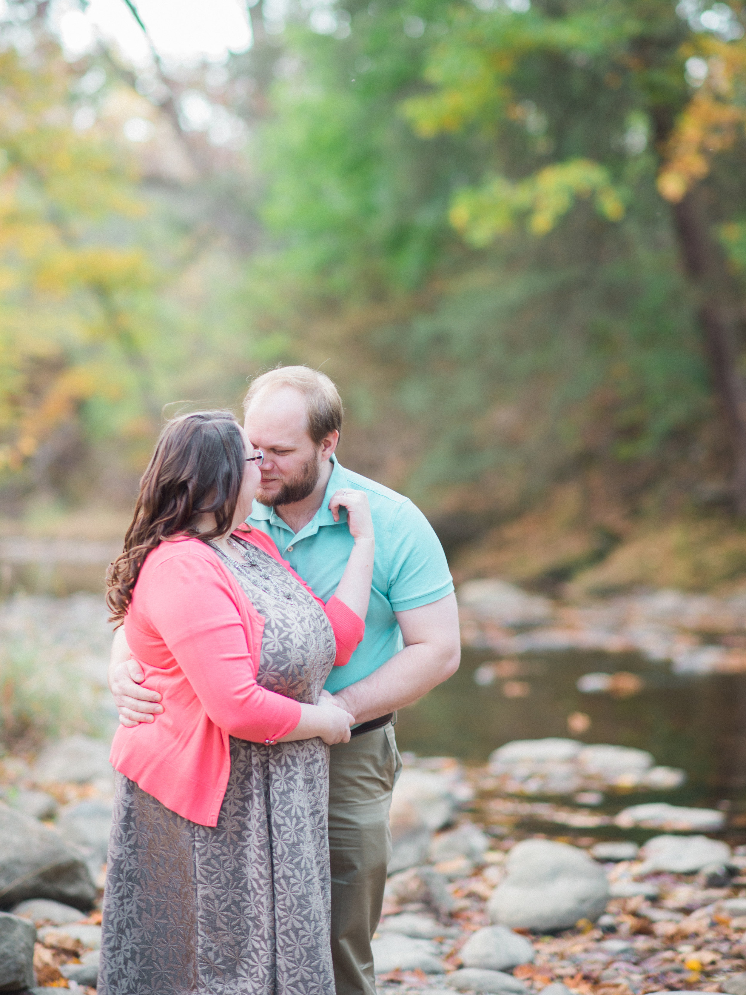 engagement session at jacobsburg park