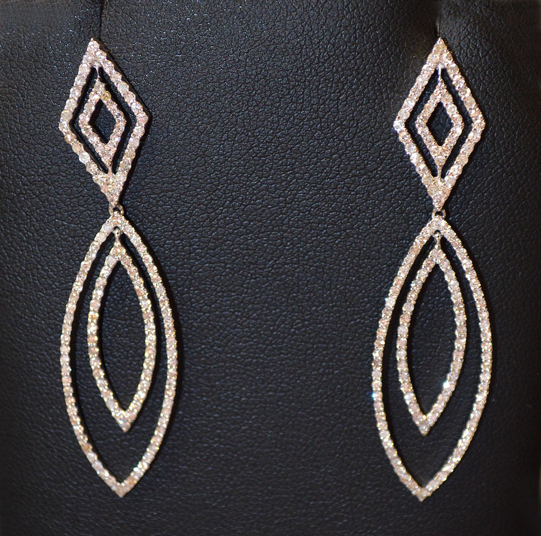 Reads Jewelry and Loan-discount dangling earrings.jpg