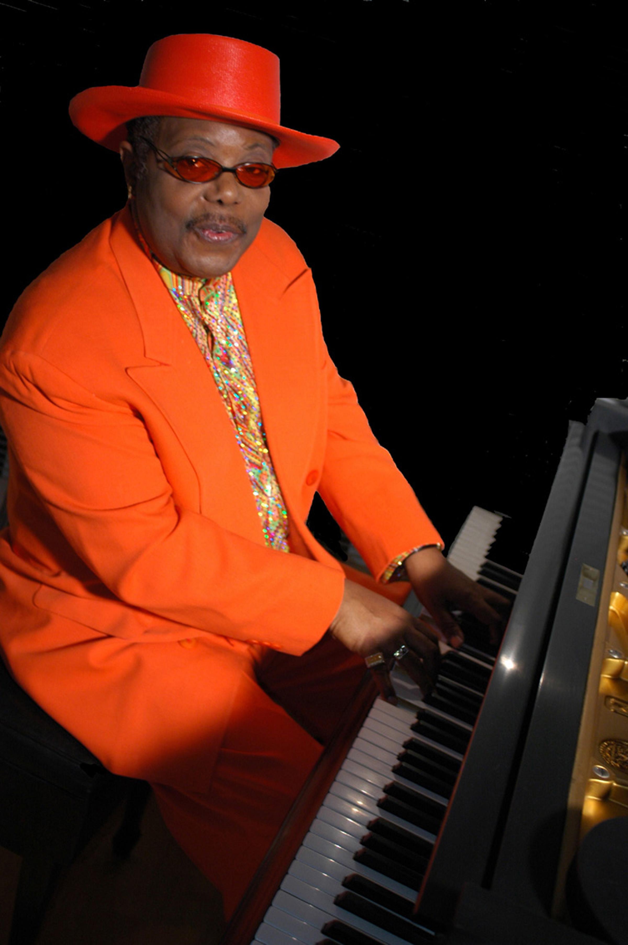 kenny blues boss wayne 1.JPG