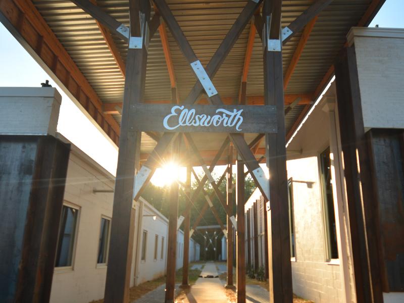Ellsworth Dribbble2.jpg