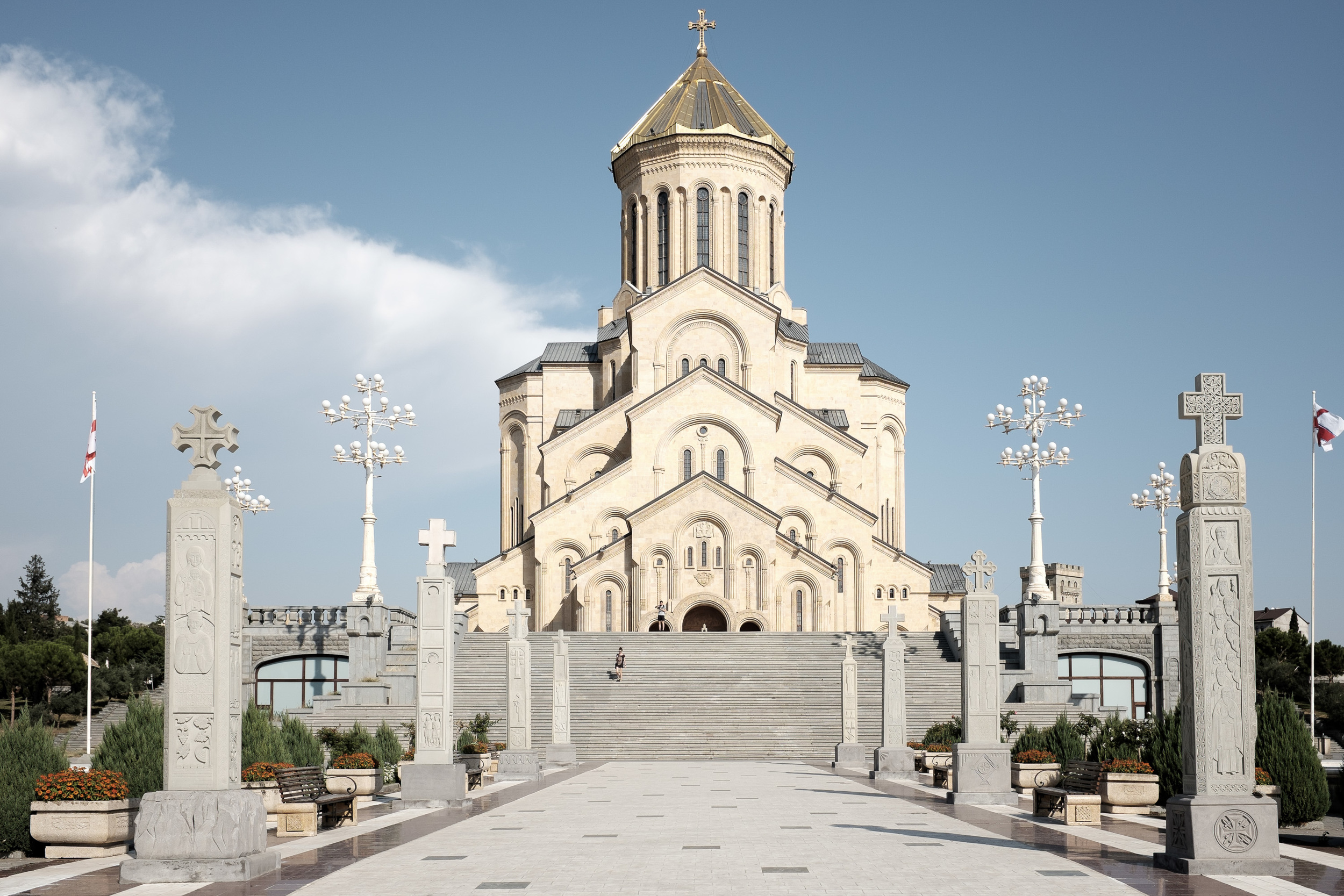 No photos from Vladikavkaz to Tbilisi (Georgia) though the road through the mountains of Caucasus is more than beautiful. This is the Saint Trinity church.
