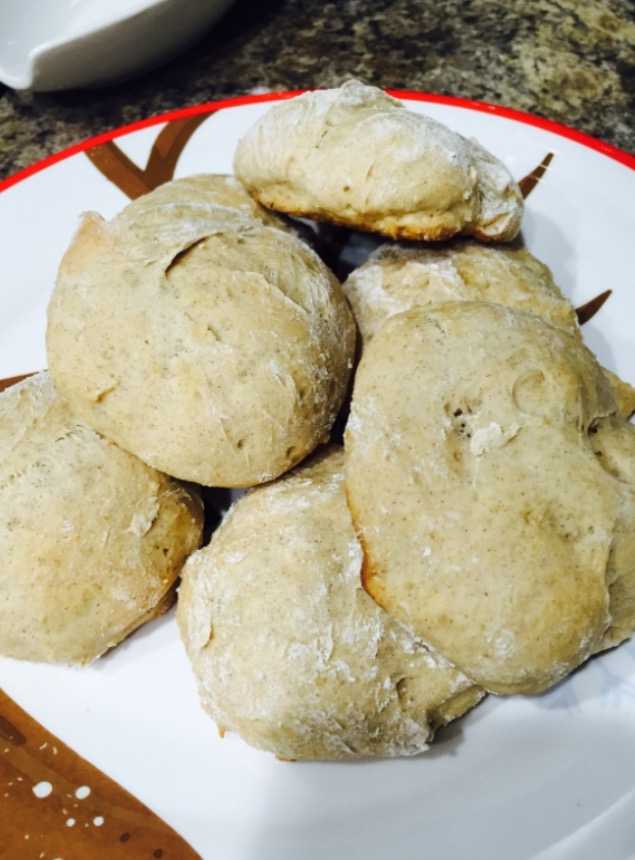 Adapted from this recipe: http://www.kitchentreaty.com/brown-sugar-cinnamon-scones/