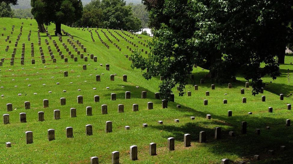 Vicksburg National Cemetery.   photo by John W. Iwanski, Flickr