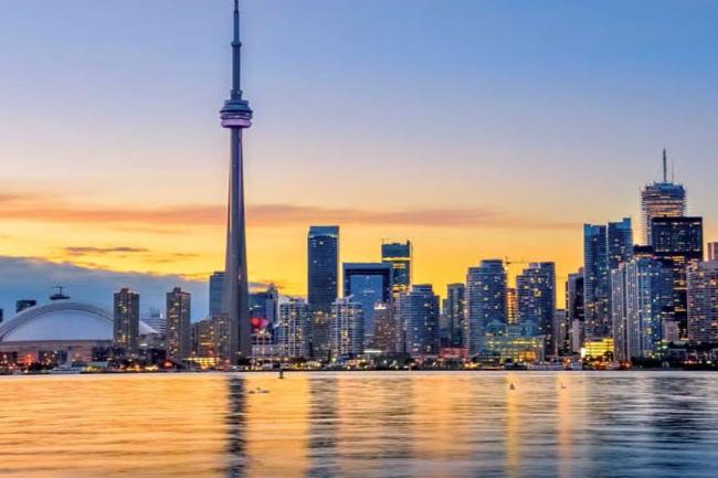 Toronto+Travelgirl+17_Page_1.jpg