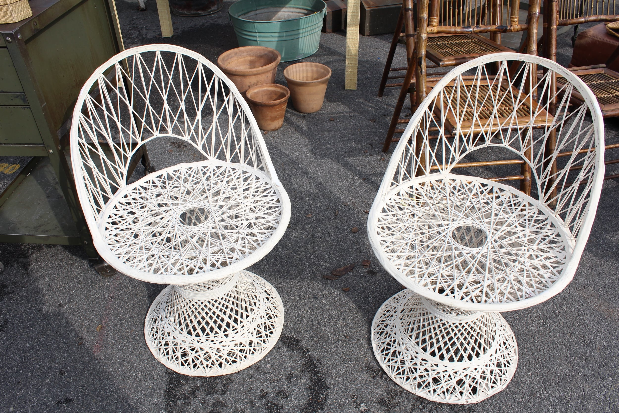 Mid-Century Furniture | Rose Bowl Flea Market | Los Angeles | Interior Design | www.foundandkept.com