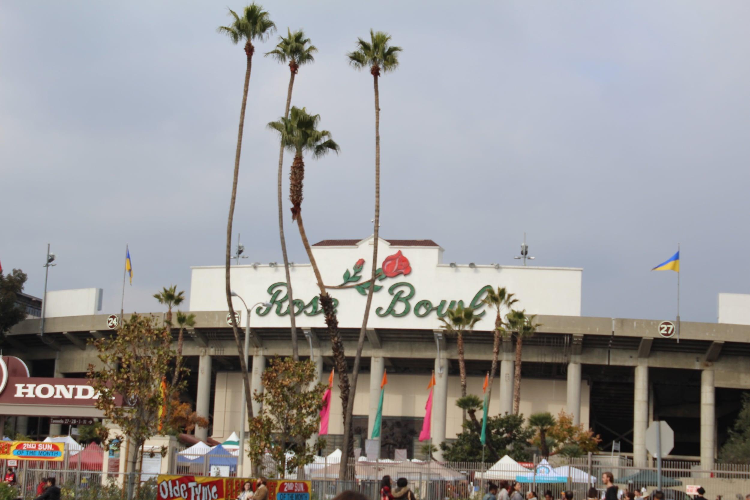 Rose Bowl Flea Market | Los Angeles | Interior Design | www.foundandkept.com