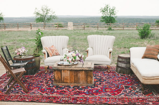 Boho Wedding Lounge | www.foundandkept.com