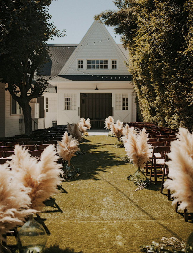 Ceremony Aisle Ideas, Lombardi House | www.foundandkept.com