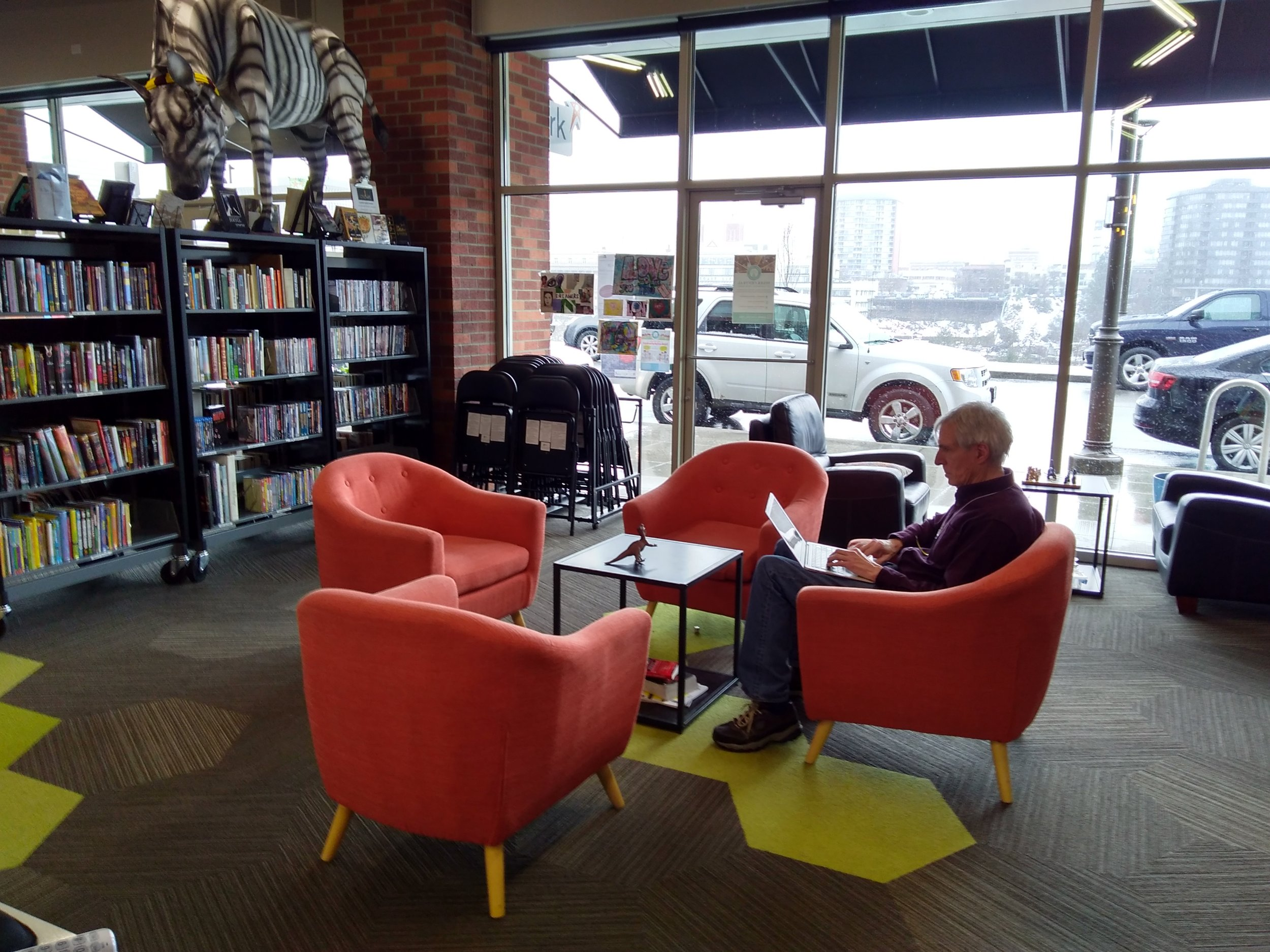 Library Area - Whether they're looking for creative reference materials, DVDs, or the latest children's fiction, visitors are sure to find it in our Library area. Even if reading's not their thing, visitors can spend a quiet afternoon curled up in a comfy chair working on projects, playing table games or enjoying the gorgeous view.