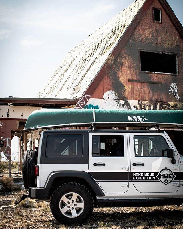 Get weird this weekend! 🛶 . #MakeYourExpedition #MYEJeep #adventuremobile #arizona #sedona #SedonaArizona #sedonaaz #canoe #desert #explorer #wandering #rewildering #getoutside #getlost #getweird #offroad #4x4 #jeep #wrangler #adventure #optoutside #vacation #roadtrip #azvacation