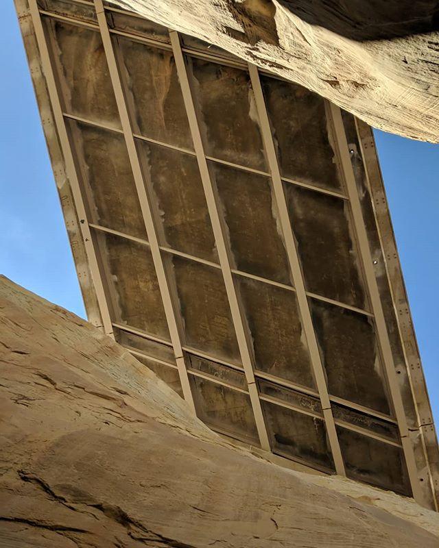 Bridging the gap between nature and modern technology (pun intended). 😅 . #MYEJeep #MakeYourExpedition #arizona #sedona #SedonaAz #utah #ut #az #explore #wanderlust #rewildering #adventure #adventuremore #fun #exploremore #adventuremobile #offroad #dirtroad #climbing #hiking #hiker #jeep #wrangler #roadtrip #vacation #optoutside #rei1440project #nature #architecture