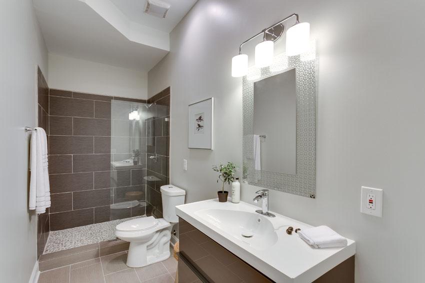 N Street Bathroom 6.jpg