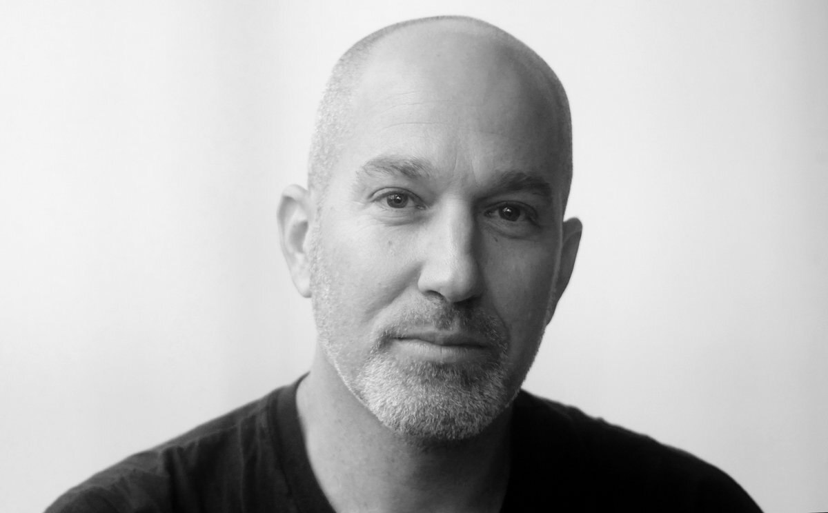 Artikkelforfatter, Yonatan Shapira