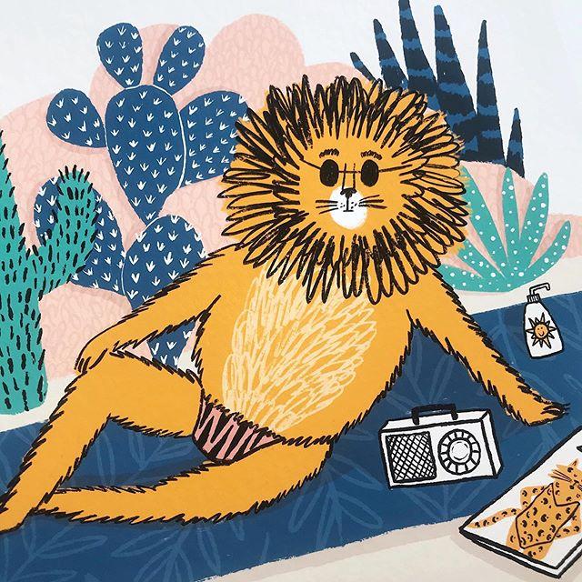 Grab your budgy smugglers guys, it's gonna be a weekend of sun. #beachbabe . . . #budgysmugglers #lionking #septembersun #sunsoutgunsout #cutelion #lionillustration #beachlion #channelyourinnerlion #chestfur  #illustrationage #picame #illustree #illustrationartists #drawofinsta #socfeature #illustrateddoris #procreate #illustrazioni #illustrationhowl #anthropomorphism #vivibrushes #illustratedanimals #kidsillustration #abigailburchillustration #londonillustrator #illustratorforhire #drawoftheday