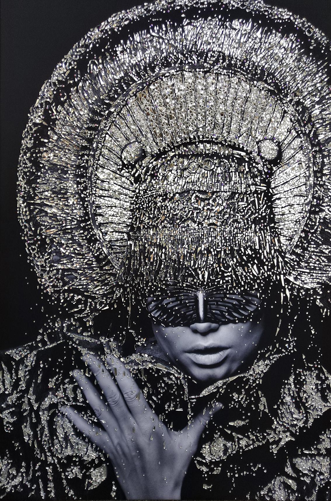 IUSTITIA - VanitartCollezione Le Regine GuerriereMisura 80x120 cmLavorazione in cristalli Swarovski e Specchi