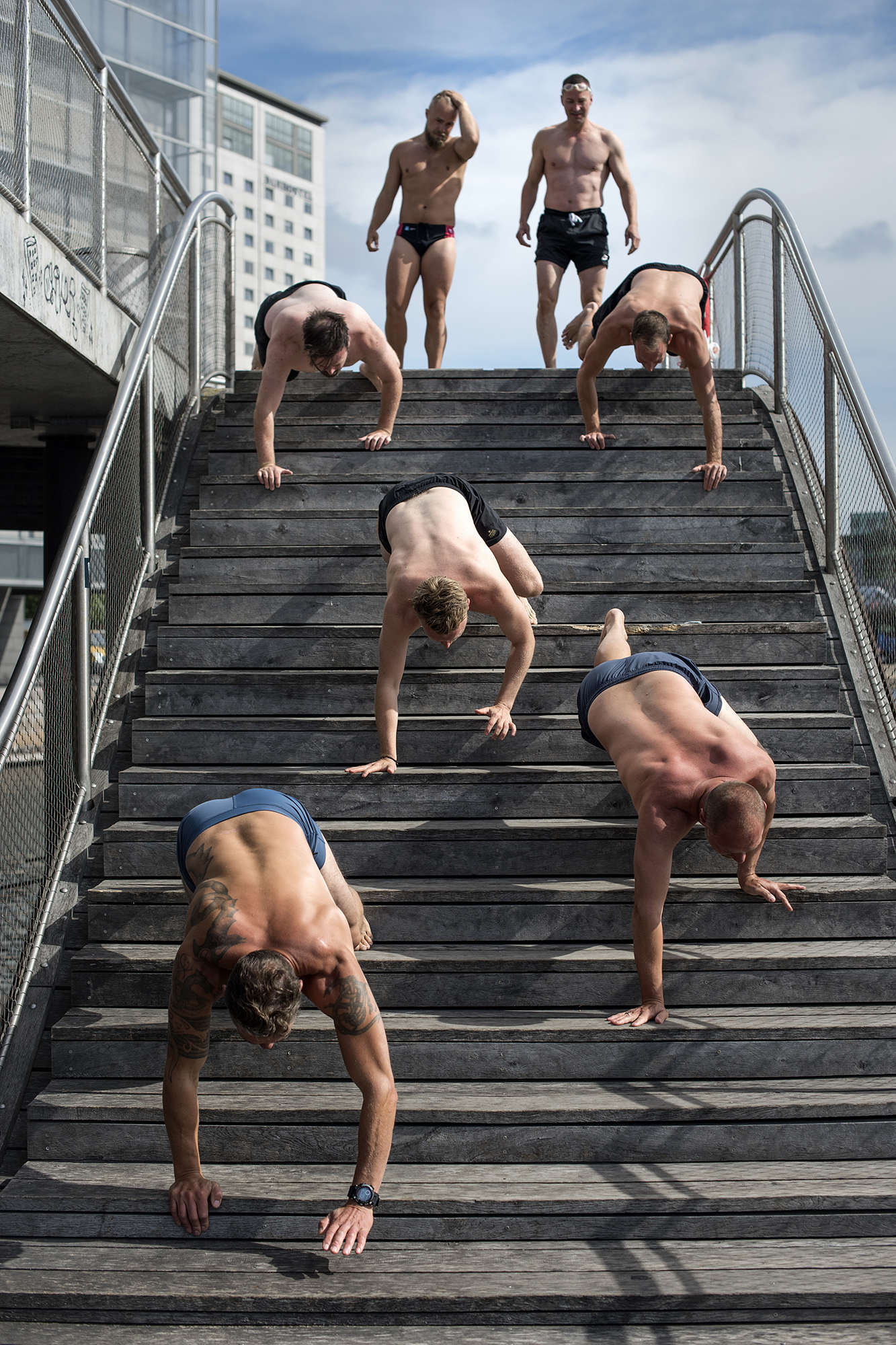 Paleo chef Tomas Rode and his men working out at Kalvebod Quay in Copenhagen.