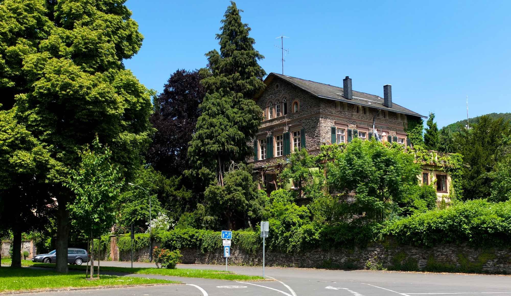 Villa Korn, erbaut 1854