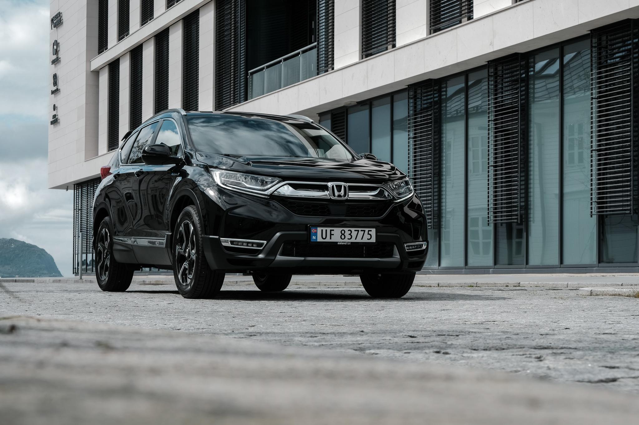 nye-honda-cr-v-hybrid-aaland-bil-alesund-bilforhandler.jpg