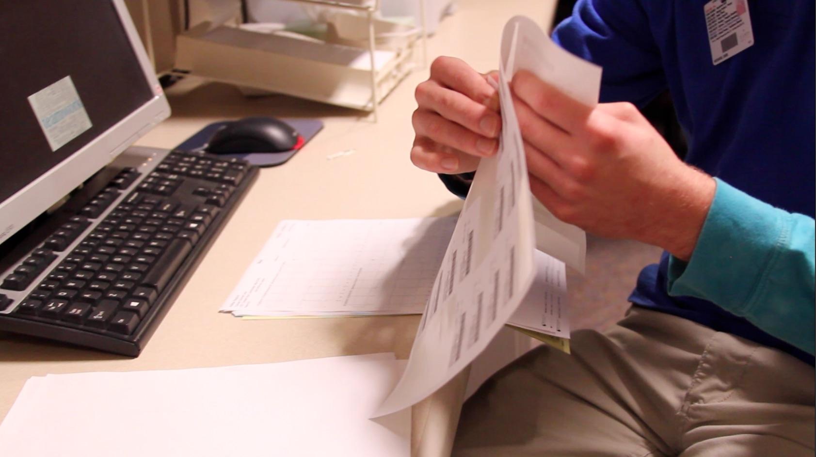 Eddie Working (Labeling).jpg