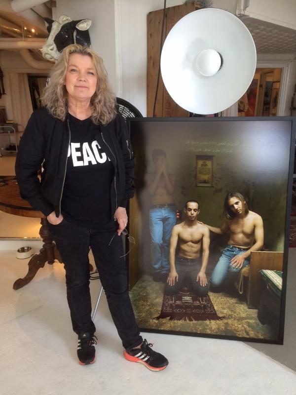 Den här bilden sågs som en slags säkerhetsrisk. Lyssna på varför Elisabeth tvingades låta bli att ha med den i utställningen Jersualem 2010.