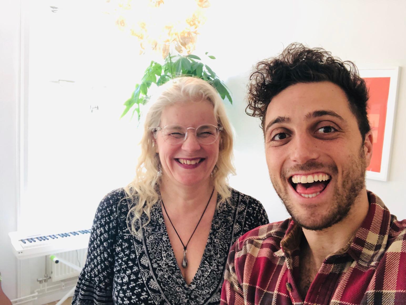 nybörjarguide för tantrasex i tantrapodden - April 2019. Charlotte talar med Nathanel Goldman om tantrasex i nystartade