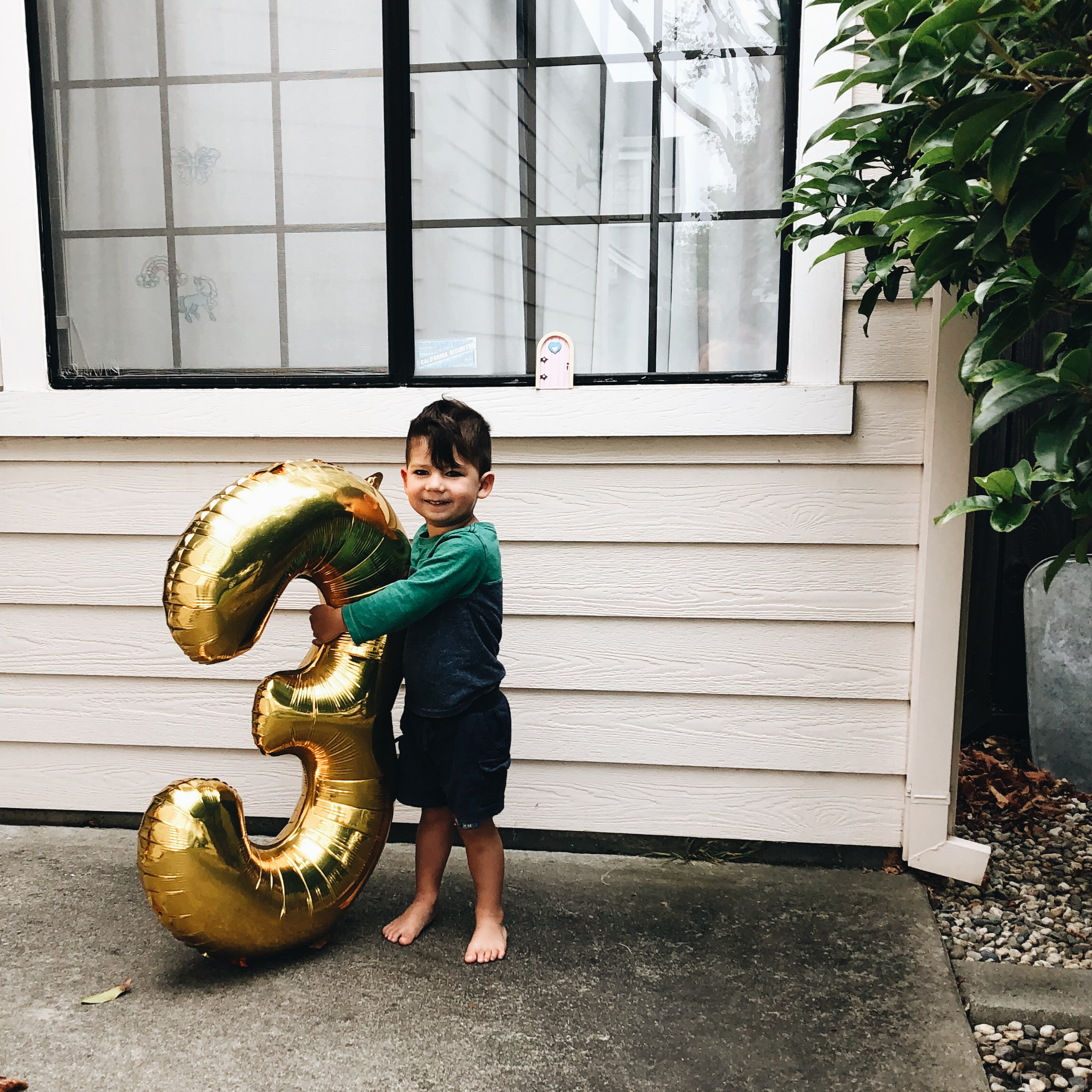henry 3 birthday 10.png