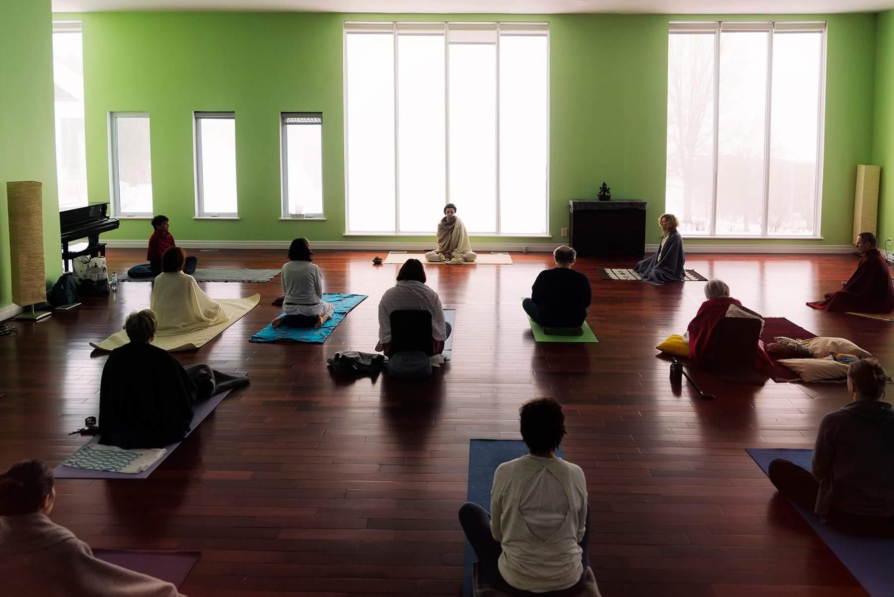 Mariette Raina Yoga Cachemirien Montreal canada.jpeg