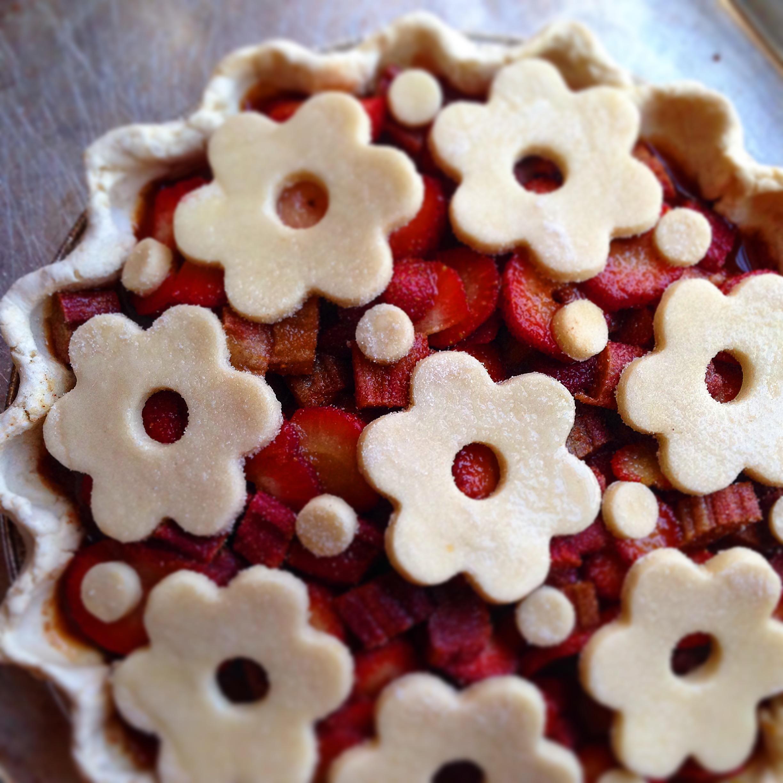 Gluten Free Dairy Free Strawberry Rhubarb Honey Molasses Pie!