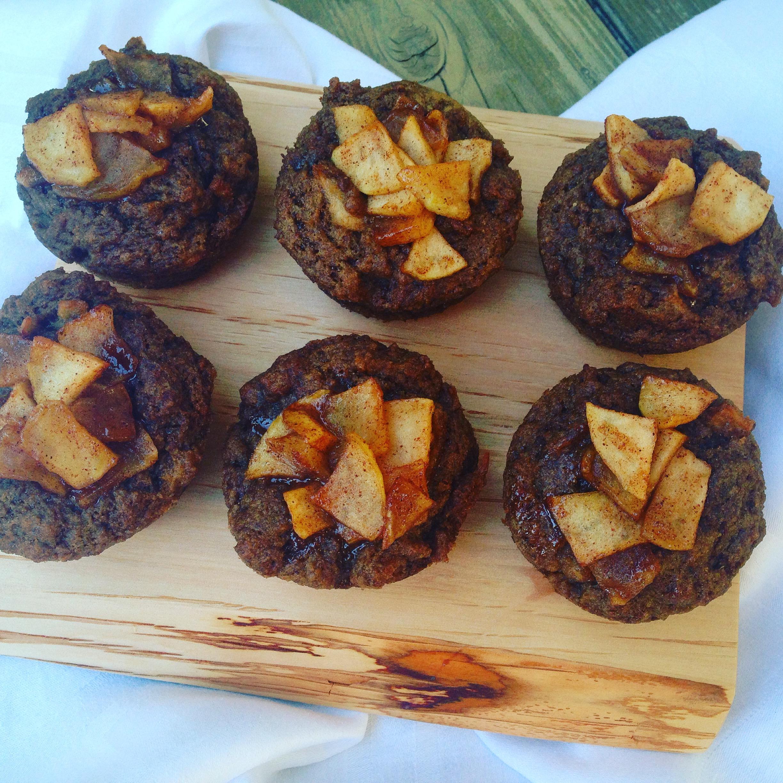Cinnamon Applesauce Cakes