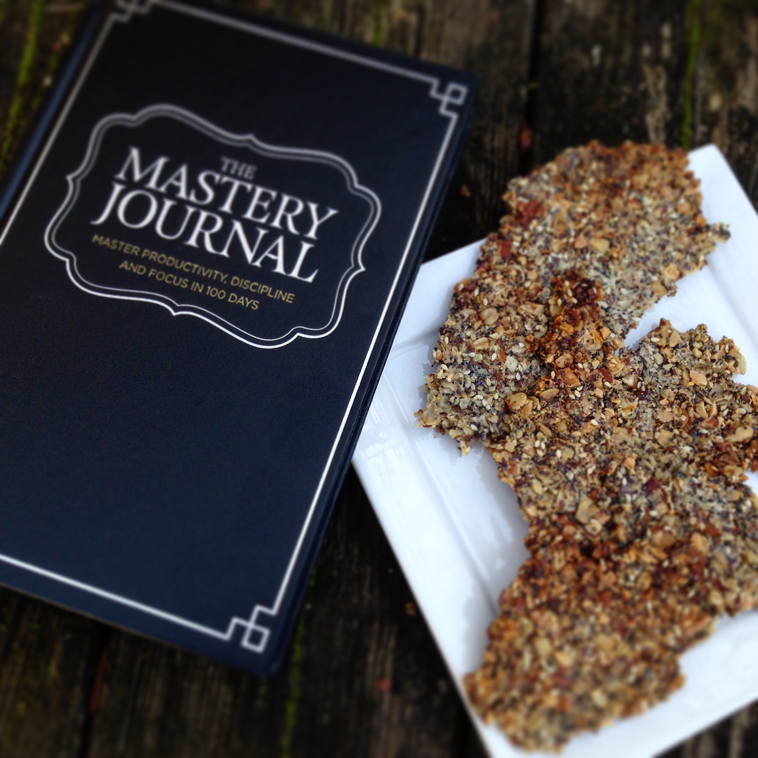 Delicious Almond, Flax and Seed Crackers!