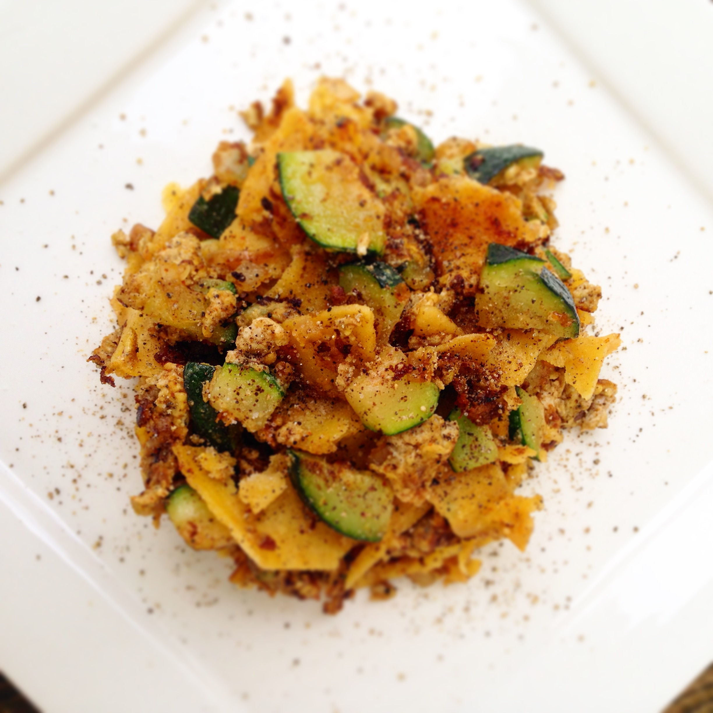 10 Minute Meal: Zucchini and Egg Chilaquiles