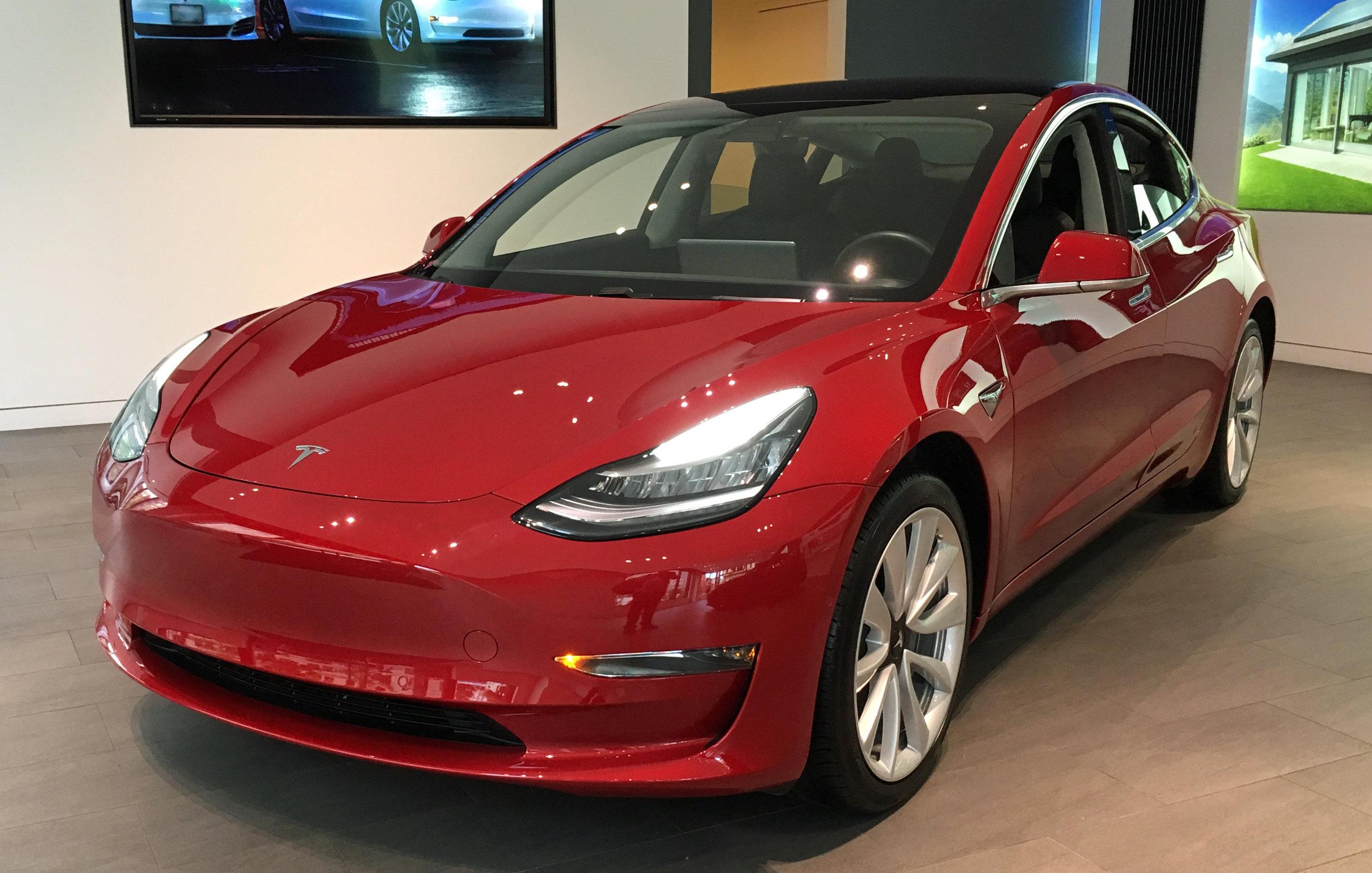 Tesla_Model_3_DCA_08_2018_0286.jpg