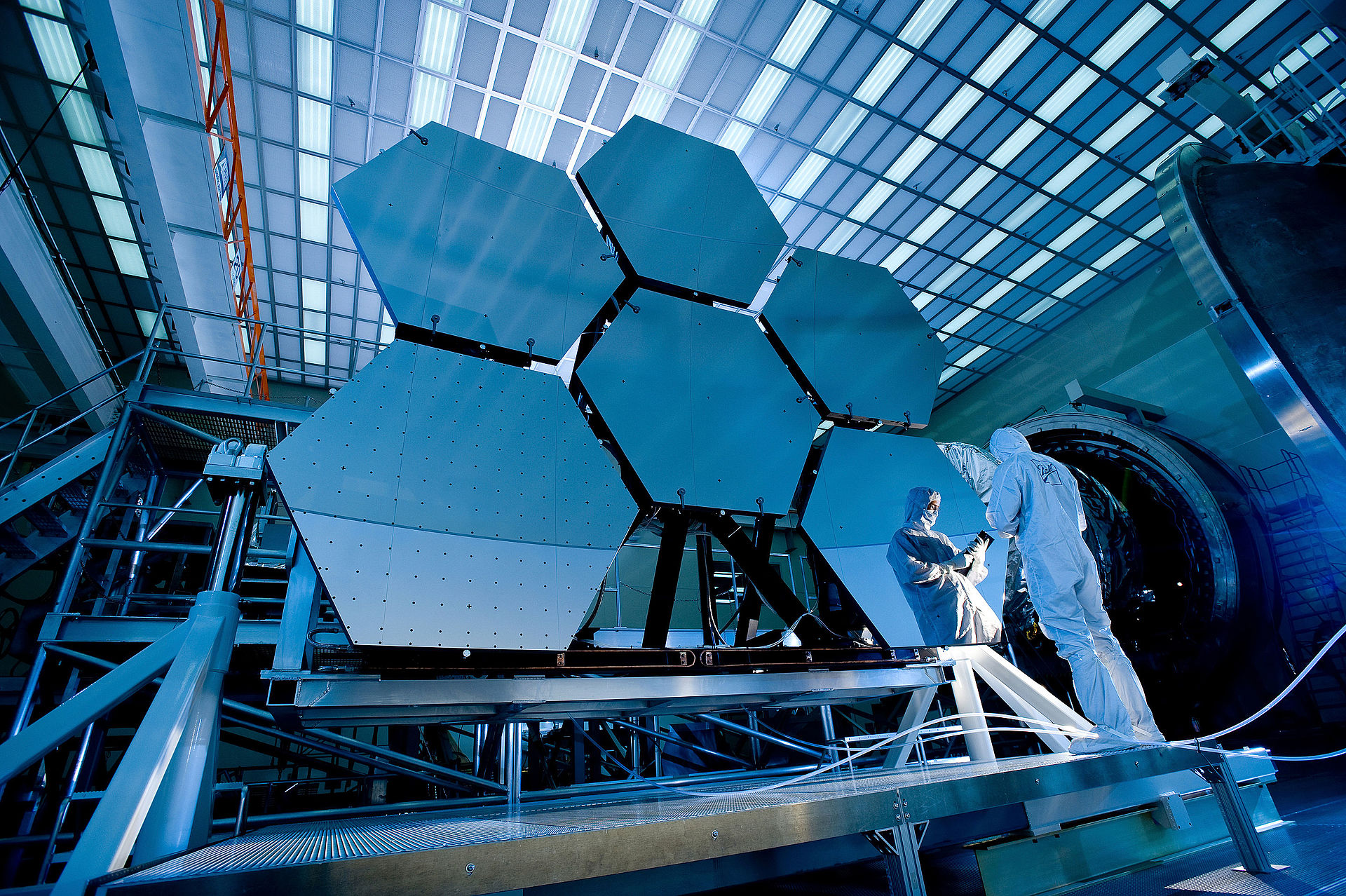 ©ESA-James Webb Space Telescope