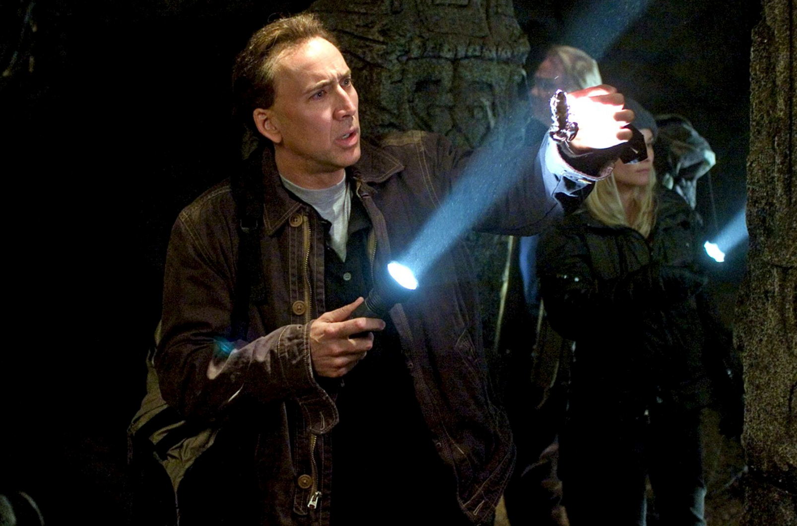 dino3 nic cage buena vista pictures.png