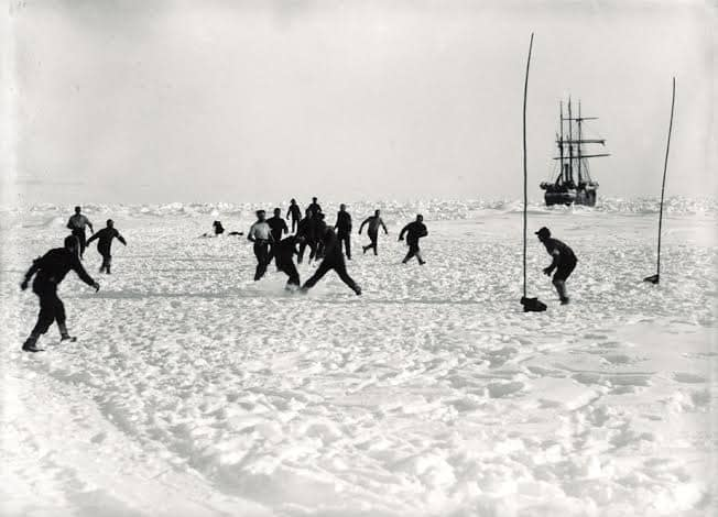©Frank Hurley/Royal Geographic Society