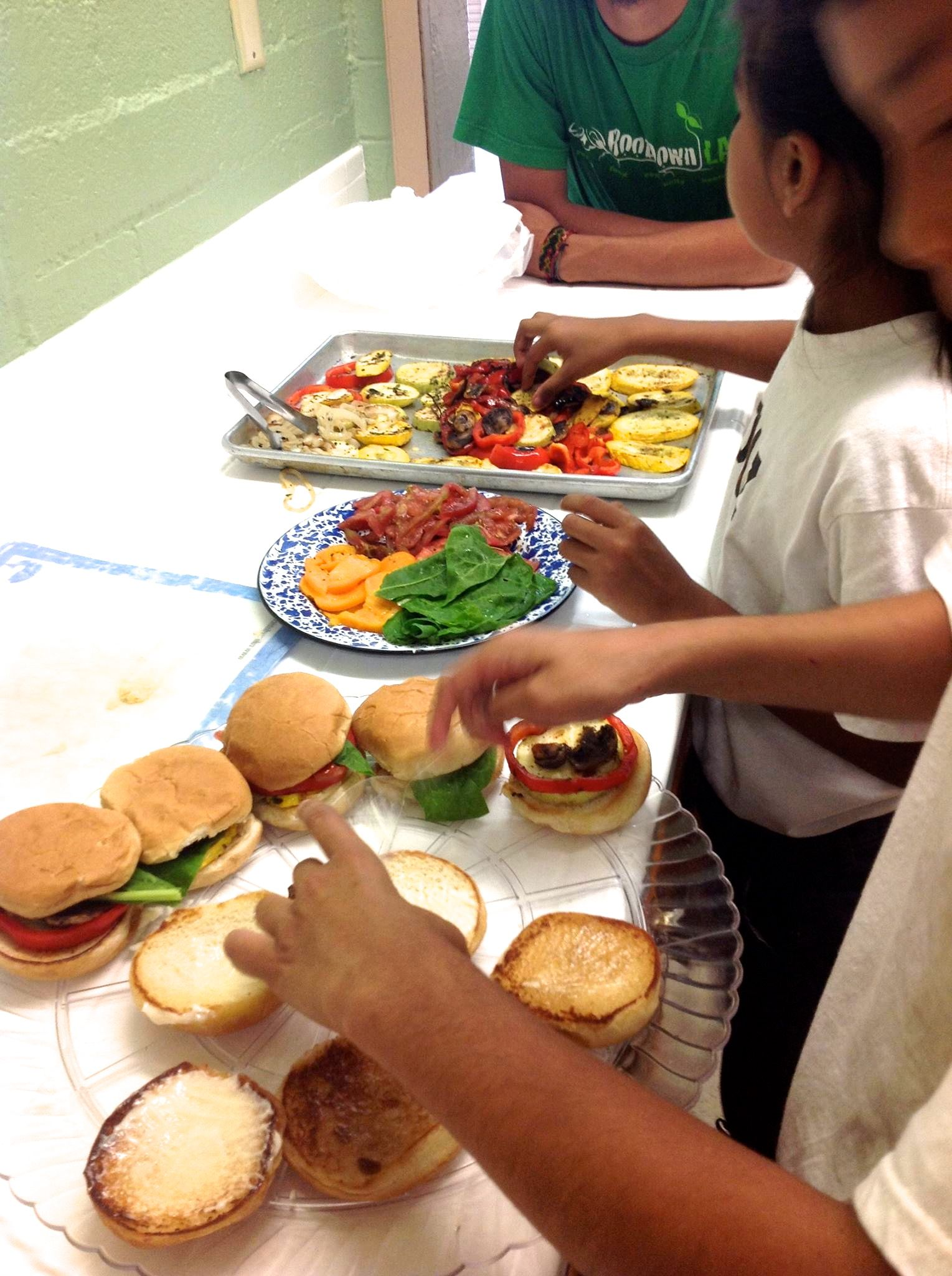 RD LAPD Alba Rec center burgers 2.jpg