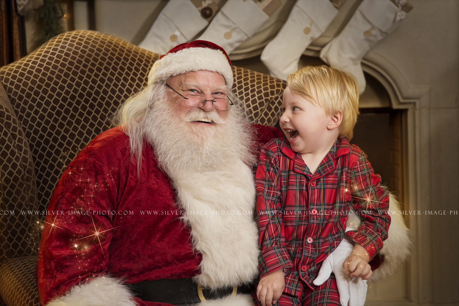 Silver Image Photography - Real bearded Santa photos in Spring, TX https://www.silver-image-photo.com