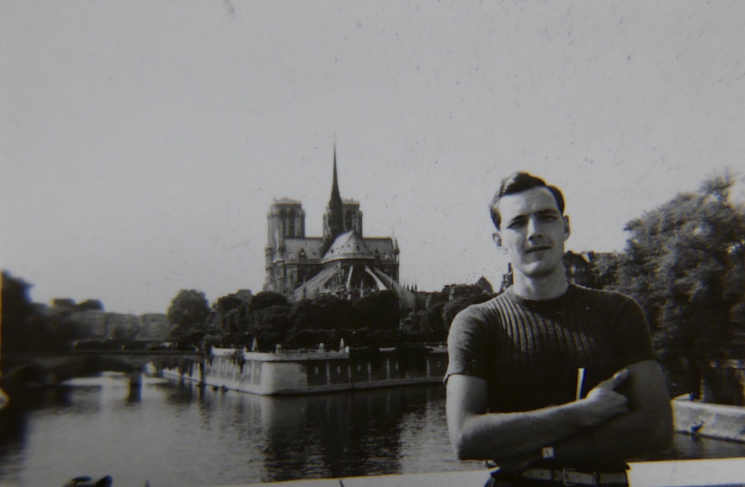 Paris, 1939