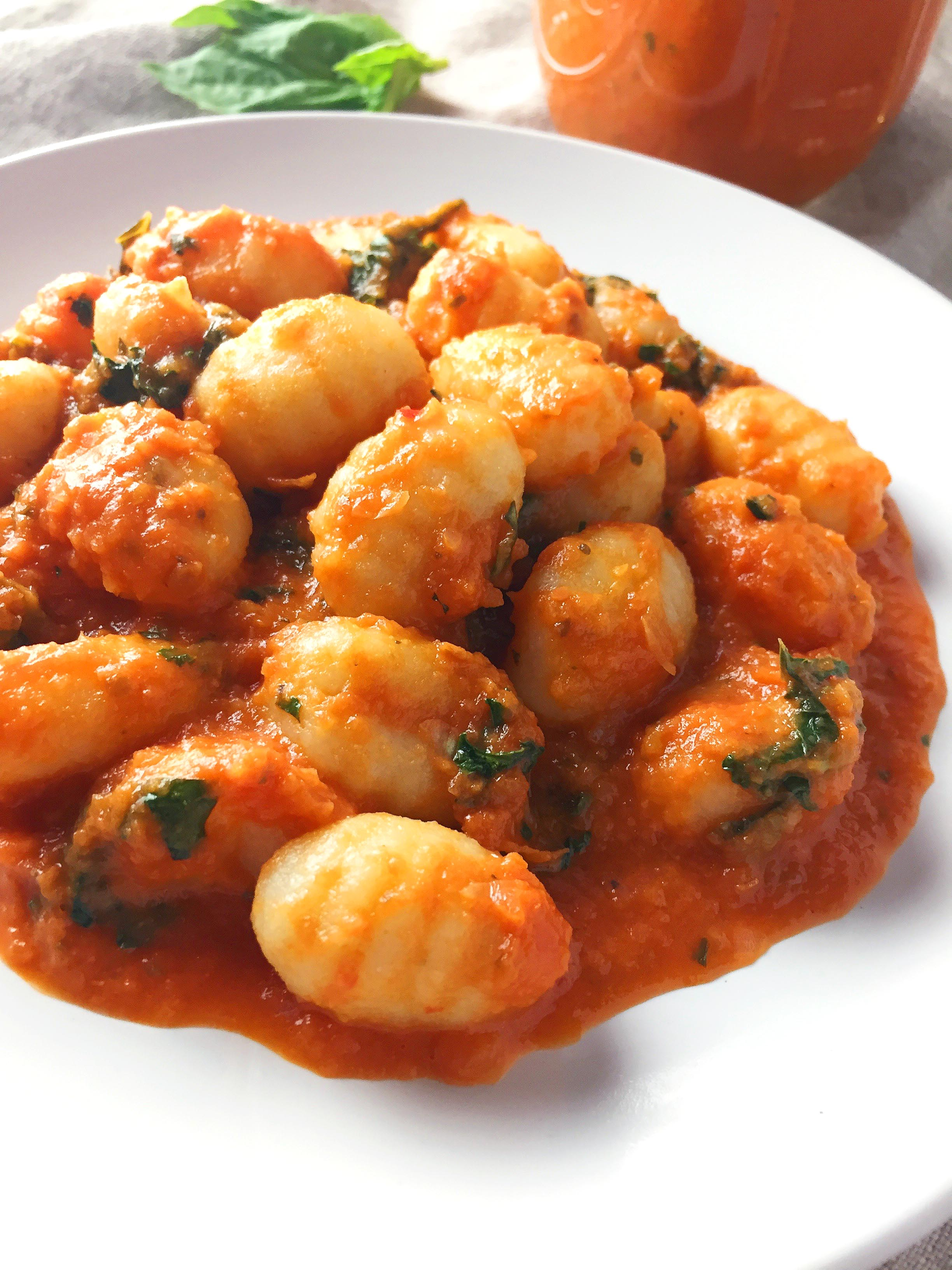 sweet-onion-tomato-sauce-with-gnocchi47.jpg
