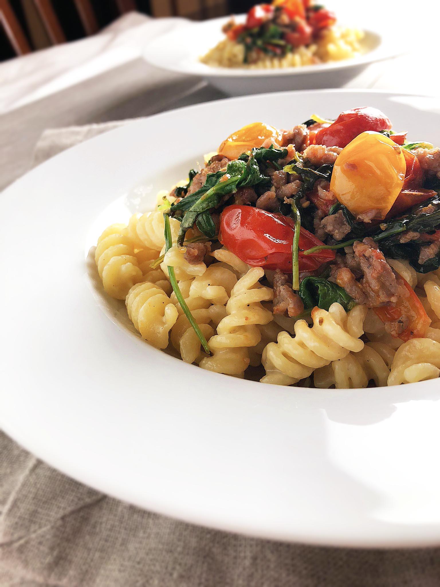 cheesy_fusilli_with_tomatoes_sausage9.jpg
