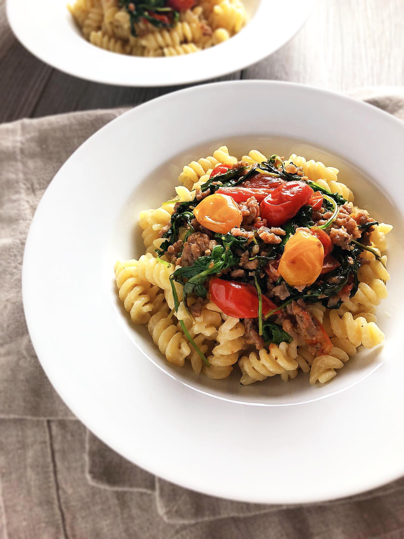 cheesy_fusilli_with_tomatoes_sausage8.jpg