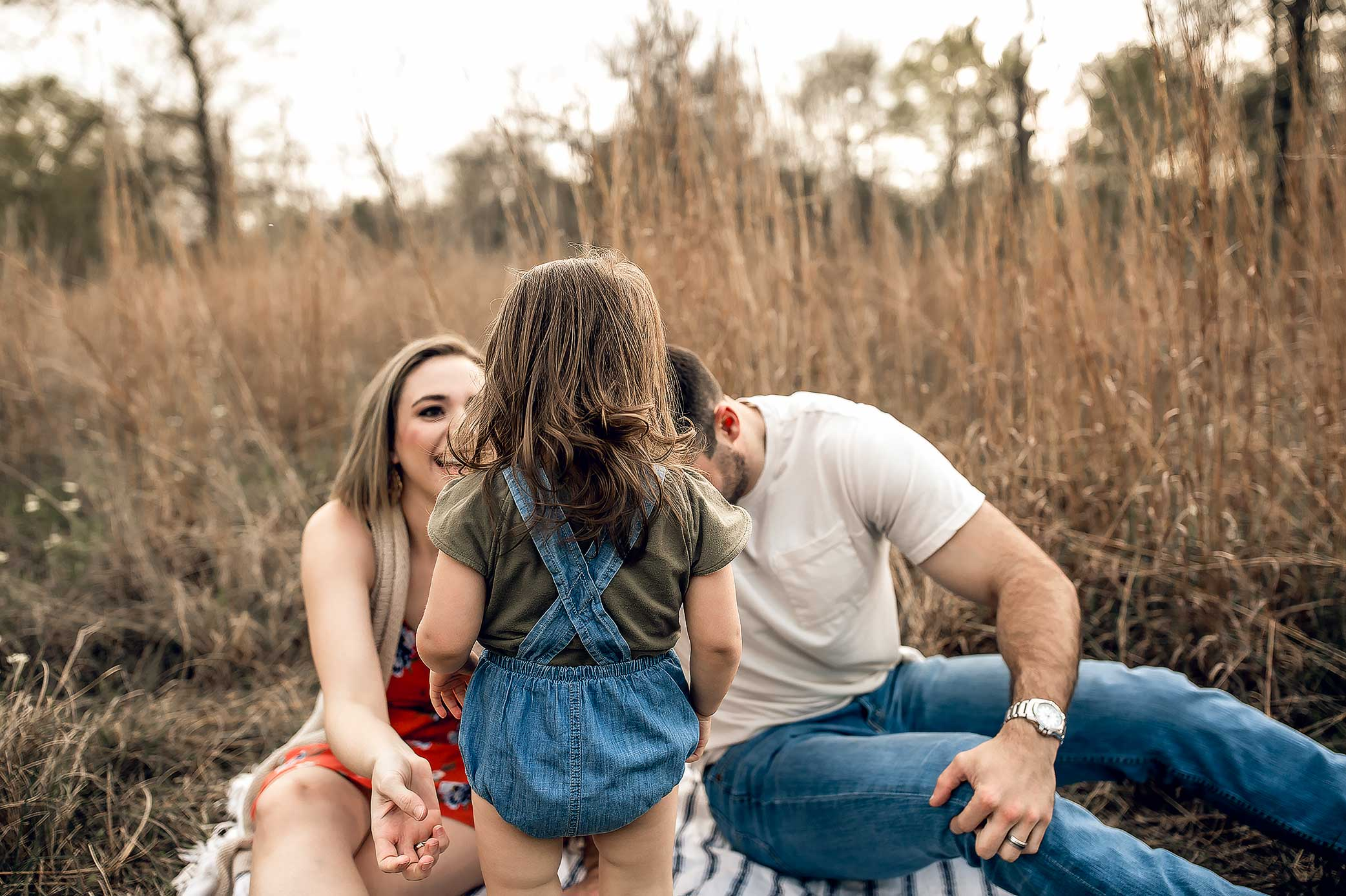 shelby-schiller-photography-sunset-family-pictures-spring-2019-11.jpg