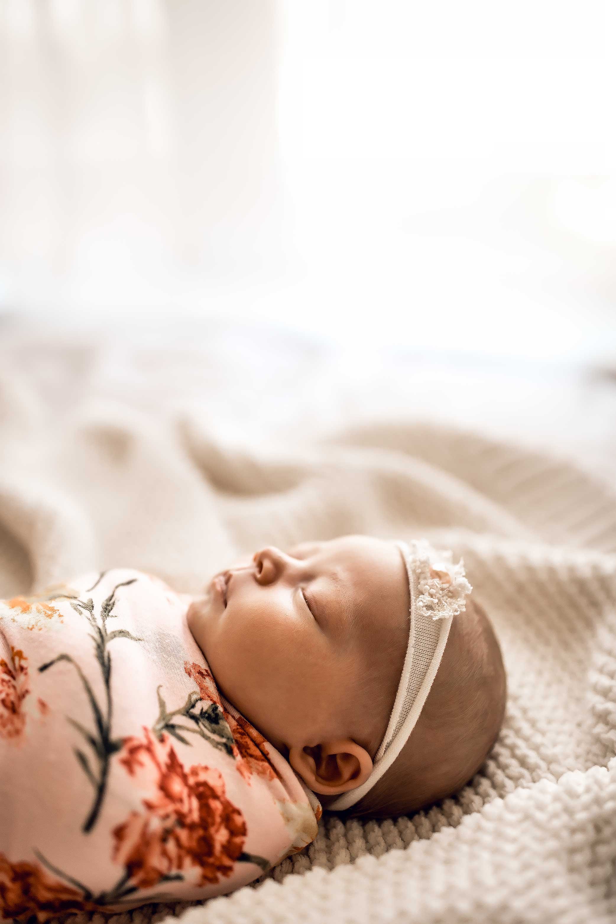 shelby-schiller-photography-studio-newborn-college-station-girl-34.jpg